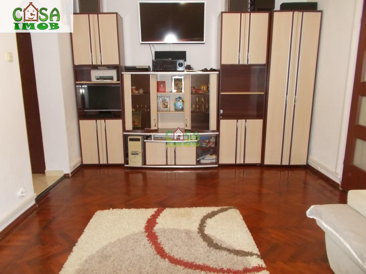 Apartament de vanzare, Dâmbovița (judet), Micro 9 - Foto 2