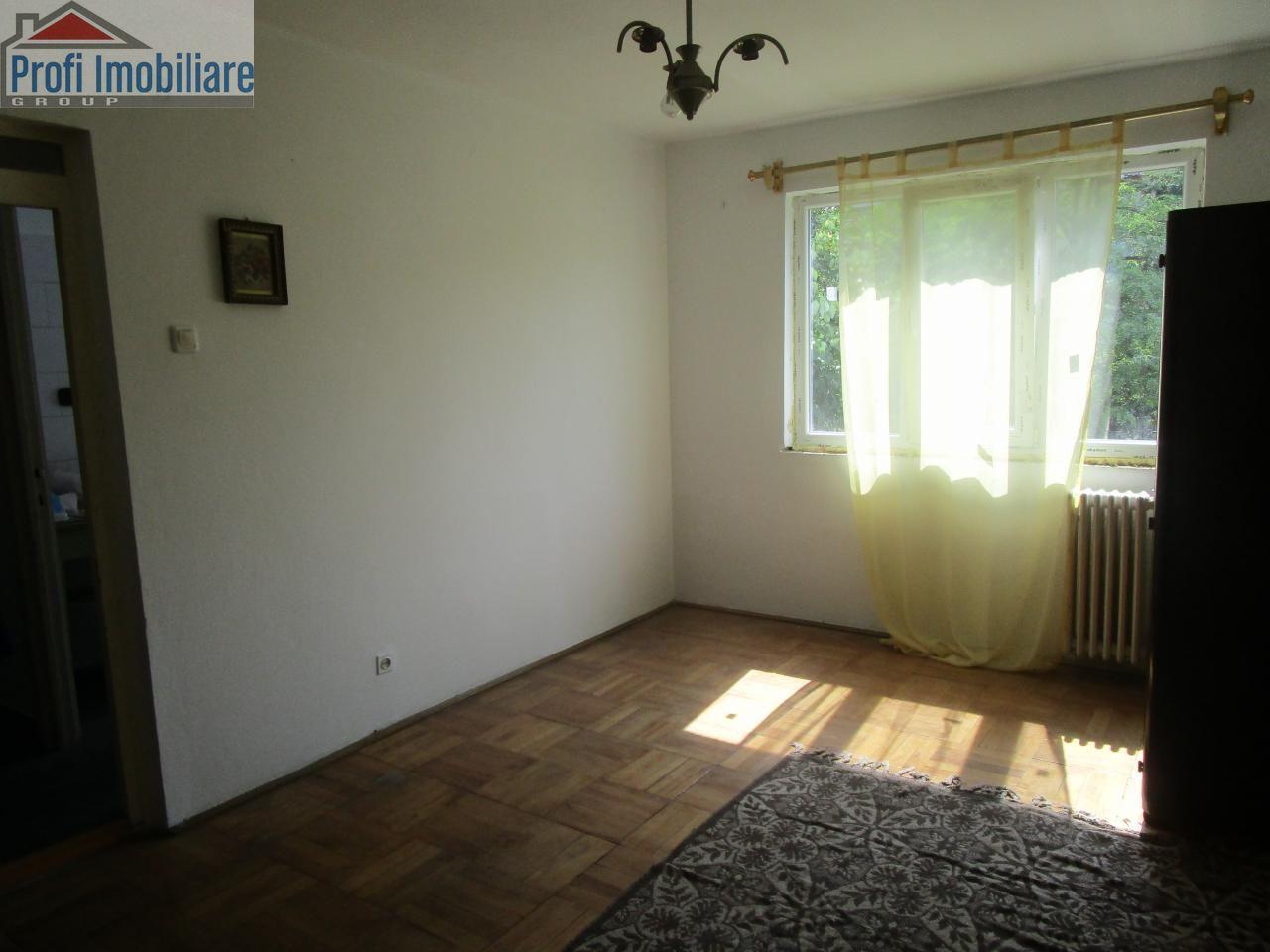 Apartament de vanzare, Arad, Romanilor - Foto 2