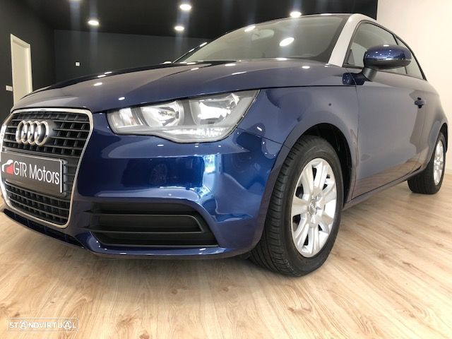 Audi A1 Attraction - 3