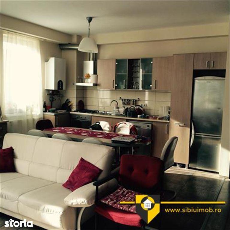 Apartament de inchiriat, Sibiu (judet), Strada Luptei - Foto 2