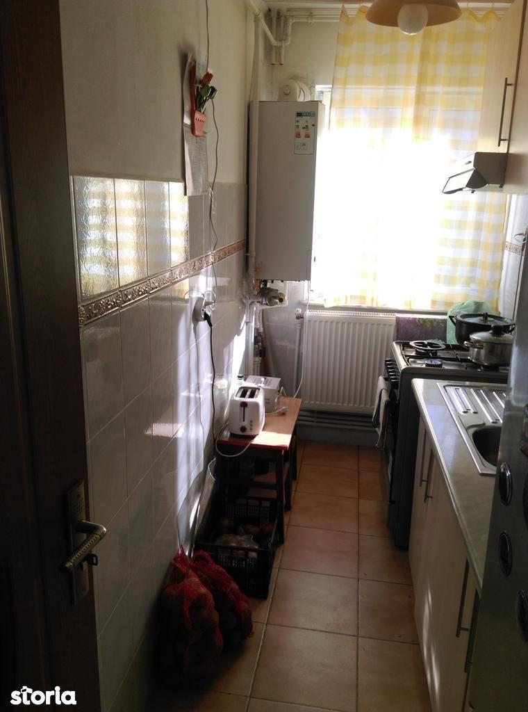 Apartament de vanzare, Constanța (judet), Strada Badea Cârțan - Foto 6