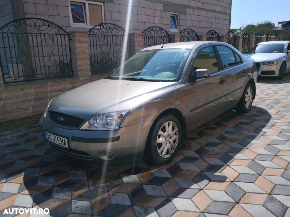 Ford Mondeo Mk2 - 1