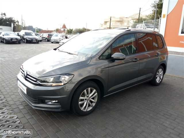 VW Touran 1.6 TDI Confortline - 5