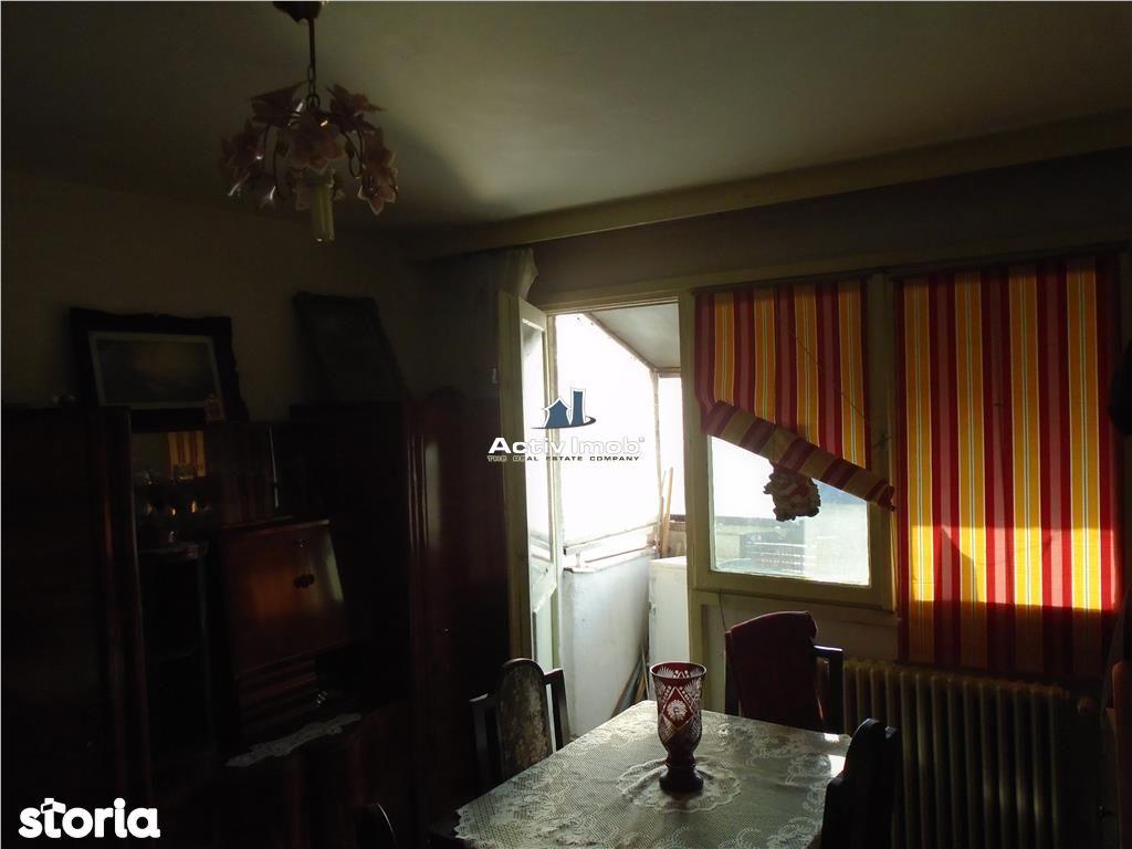 Apartament de vanzare, Caraș-Severin (judet), Strada 1 Decembrie 1918 - Foto 4