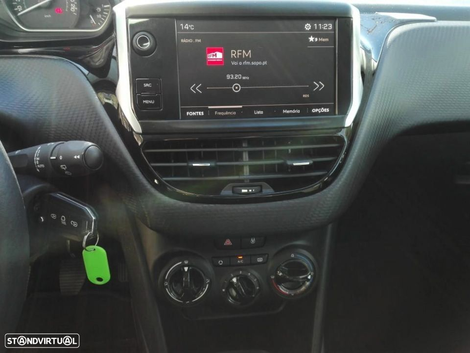 Peugeot 2008 Style 1.2 PureTech c/ Pack Visibilidade - 7
