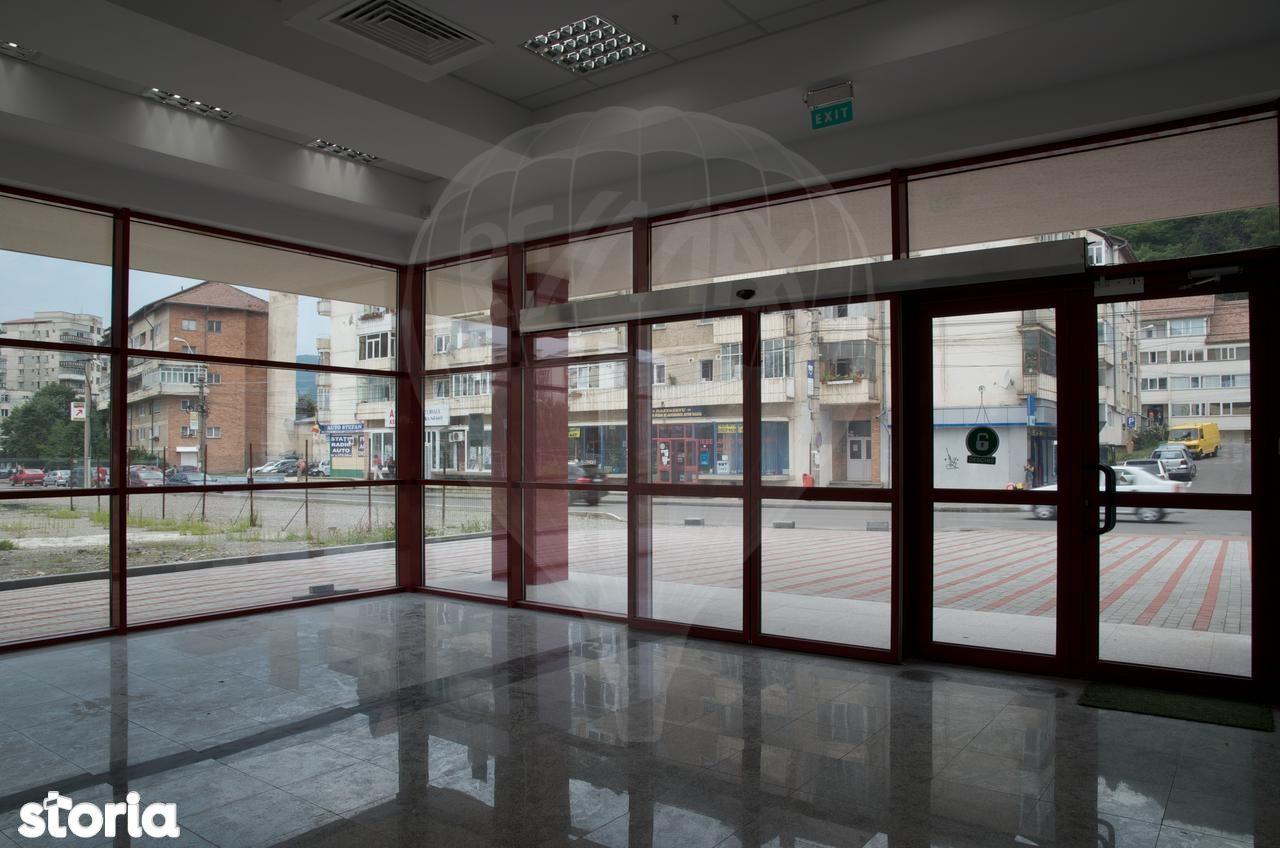 Spatiu Comercial de vanzare, Neamț (judet), Piatra Neamţ - Foto 20