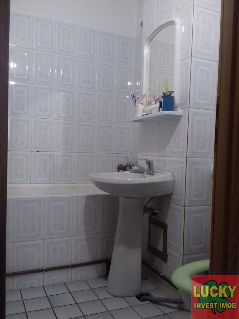 Apartament de vanzare, Argeș (judet), Craiovei - Foto 13