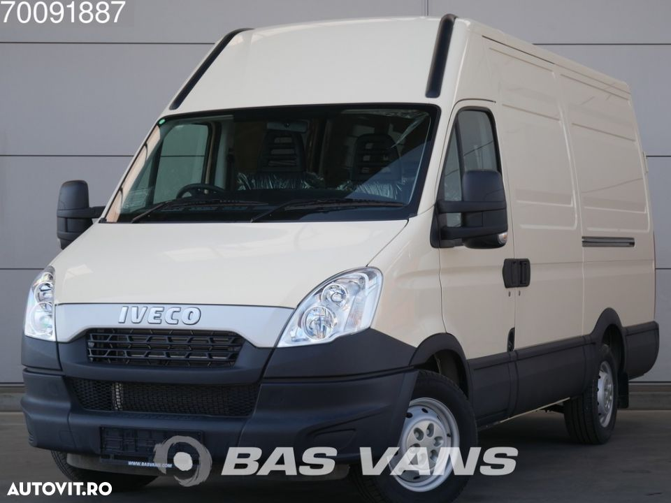 Iveco Daily 35S15 3.0ltr Right Hand Drive NEW Unused L3H2 12m3 Airco - 1