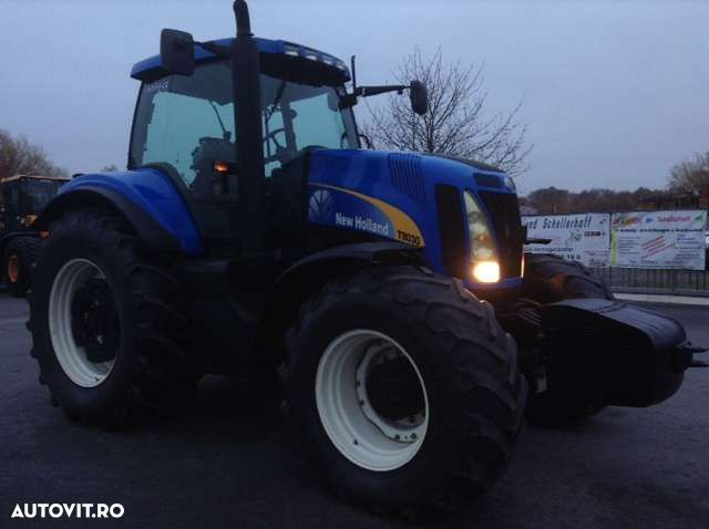 New Holland T8030 - 2