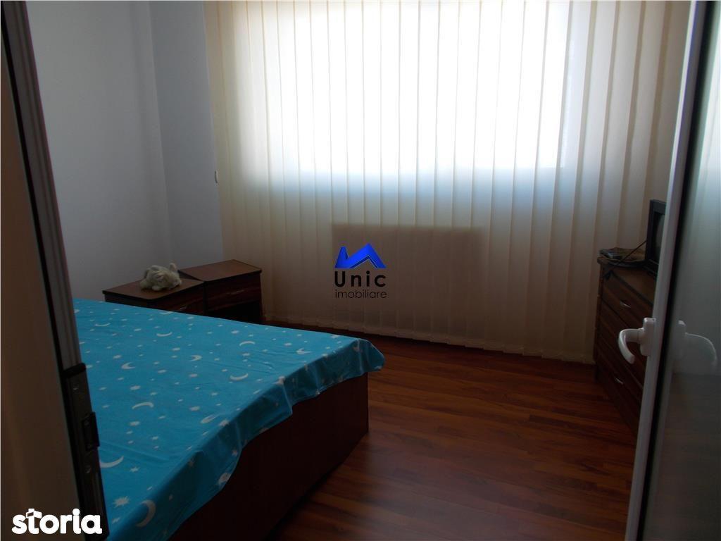 Apartament de vanzare, Dâmbovița (judet), Micro 4 - Foto 5