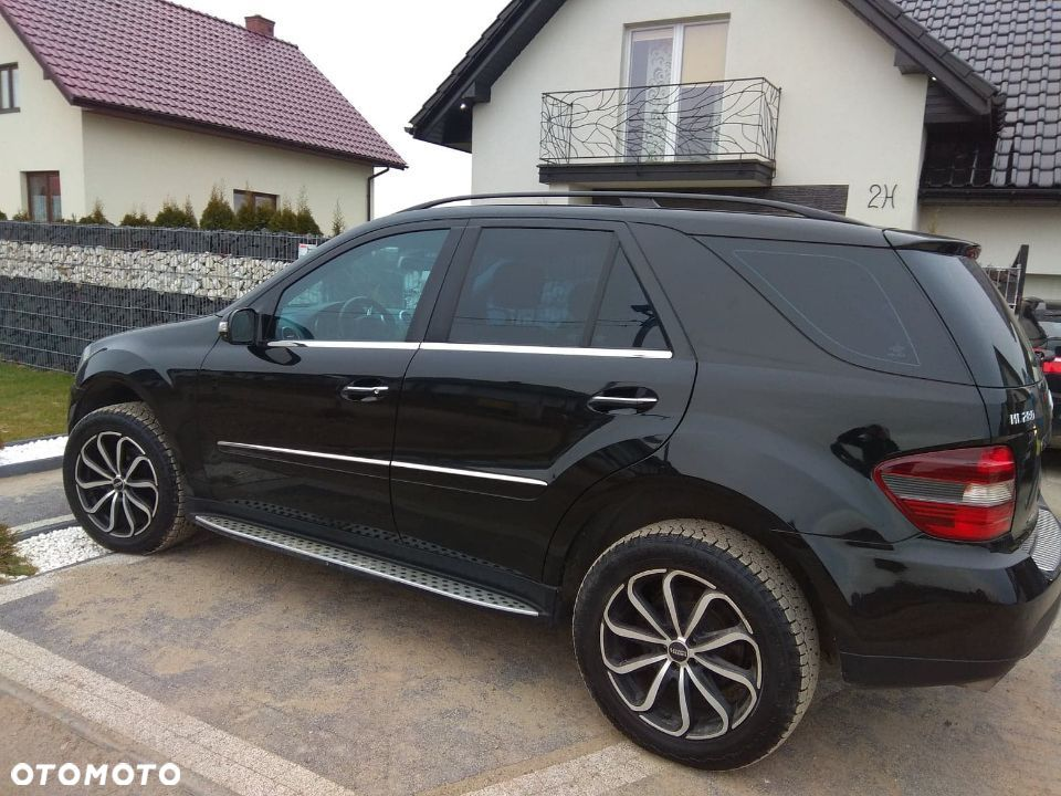Mercedes-Benz ML Mercedes benz ML W 164 - 1