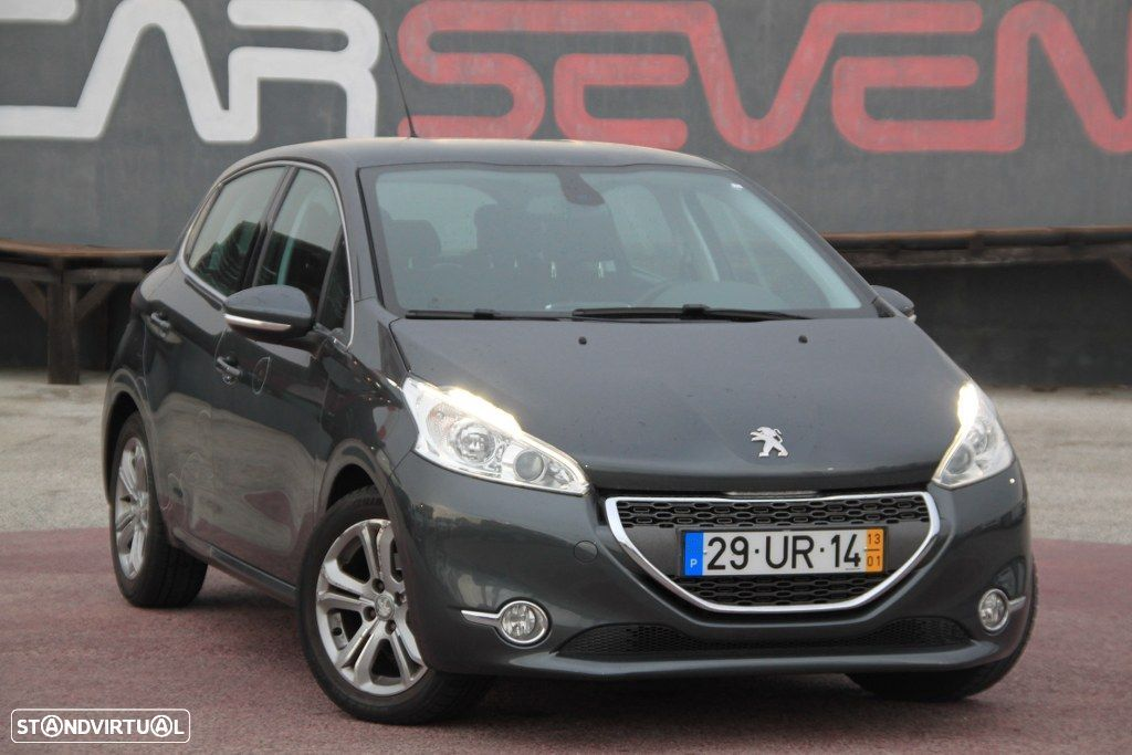 Peugeot 208 1.6 e-HDi Allures Navigation - 2