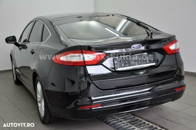 Ford Mondeo - 7