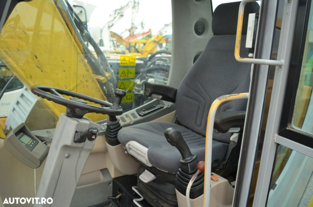 New Holland MH Plus - 6