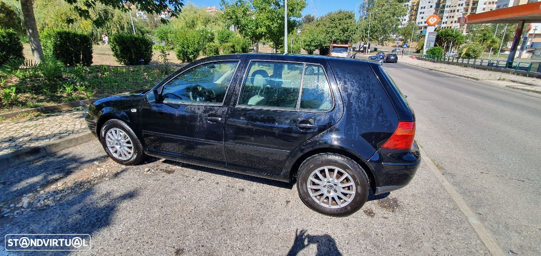 VW Golf 1.9 TDi Confortline DSG - 1