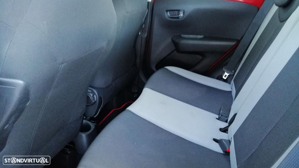 Toyota Aygo 5P 1.0 x-play + A+ x-touch - 14