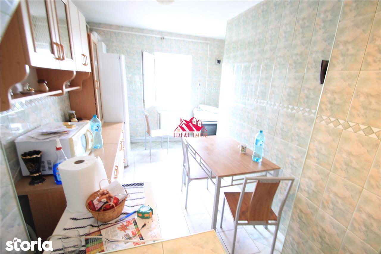 Apartament de vanzare, Bacău (judet), Strada Călugăreni - Foto 1