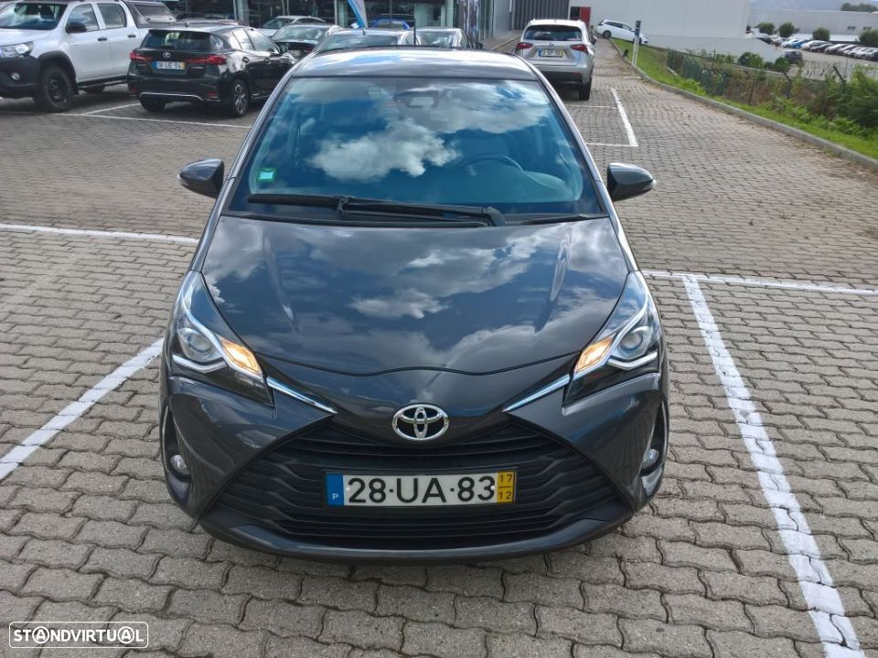 Toyota Yaris 1.4D 5P Comfort + Pack Style - 8