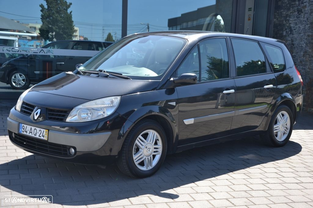 Renault Grand Scénic G. 1.5 dCi Luxe 7L. - 29