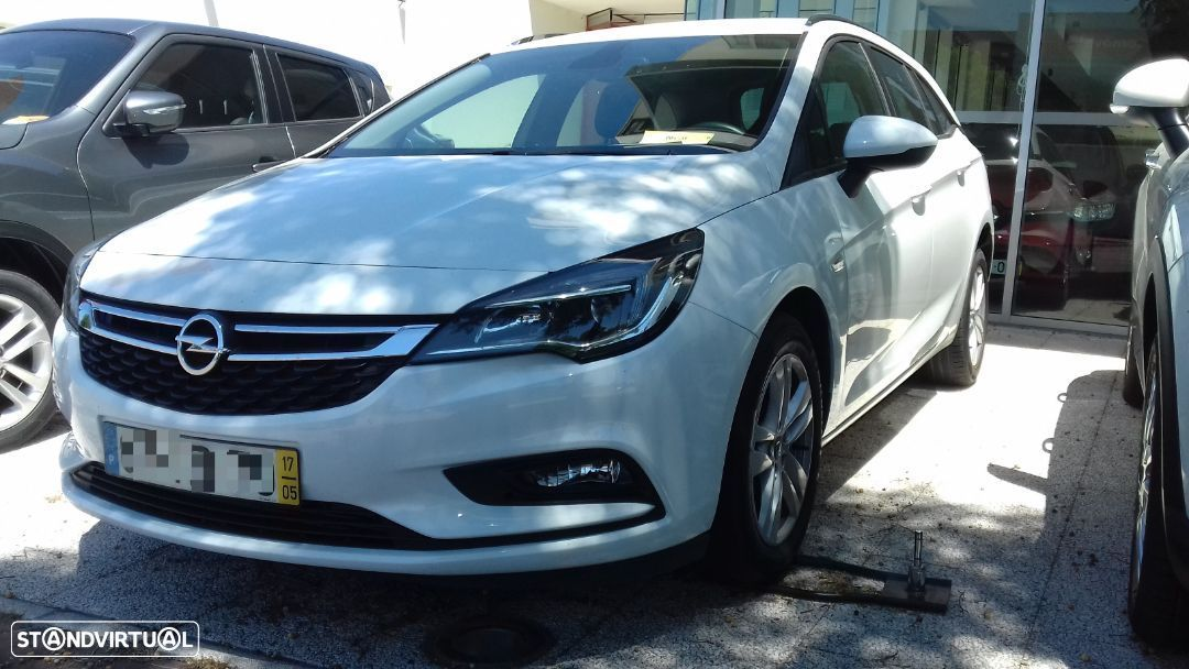 Opel Astra Sports Tourer Edition - 3