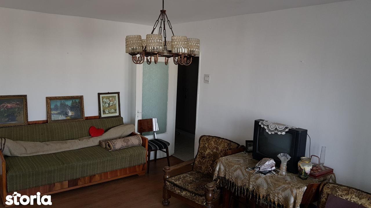 Apartament de vanzare, Prahova (judet), Ienăchiță Văcărescu - Foto 2