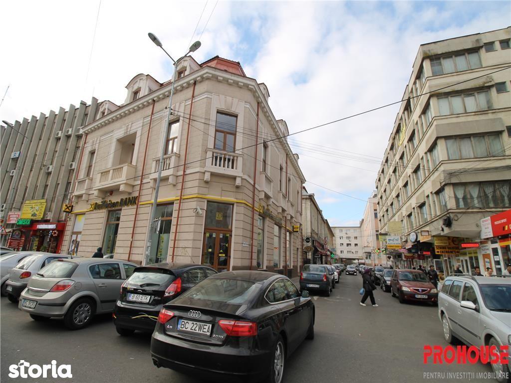 Birou de inchiriat, Bacău (judet), Pasaj Revoluției - Foto 1