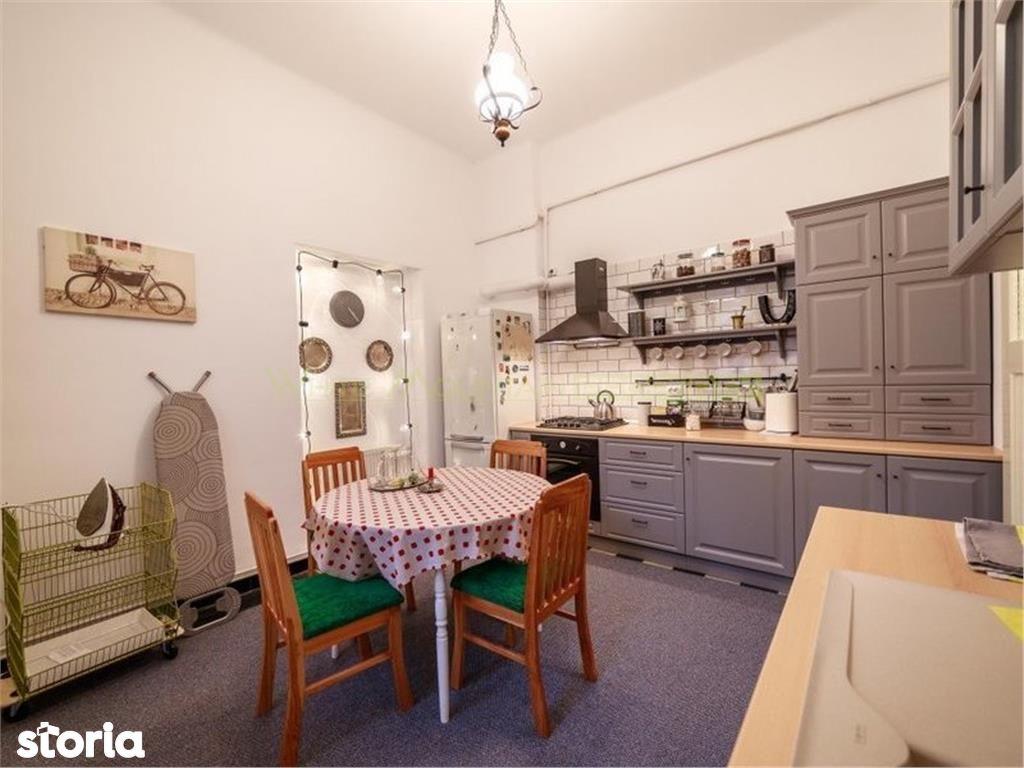 Apartament de inchiriat, Brașov (judet), Strada Lupeni - Foto 1