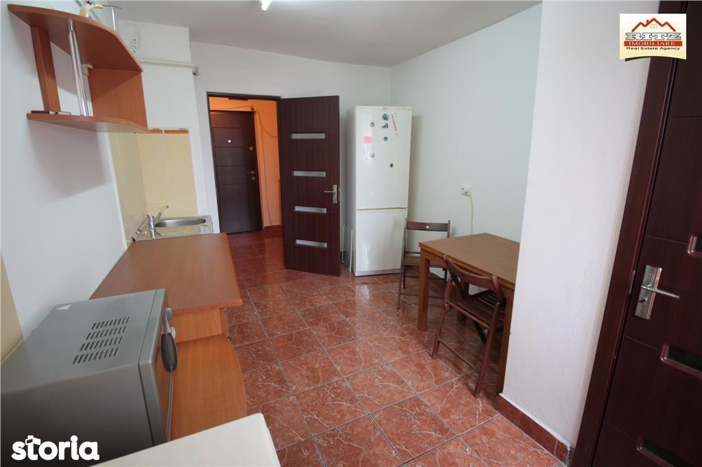 Apartament de inchiriat, Olt (judet), Strada Ecaterina Teodoroiu - Foto 2