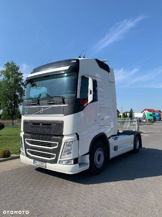 Volvo FH 460 GLOBETROTTER - 3