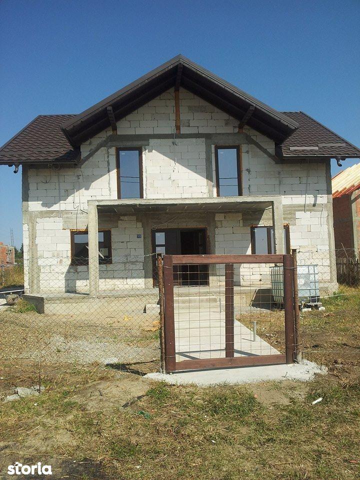 Casa de vanzare, Scheia, Suceava - Foto 1