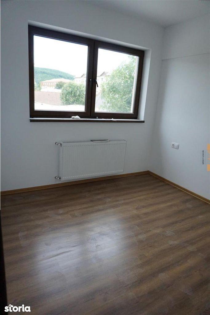 Apartament de vanzare, Bistrița-Năsăud (judet), Piața Libertății - Foto 8