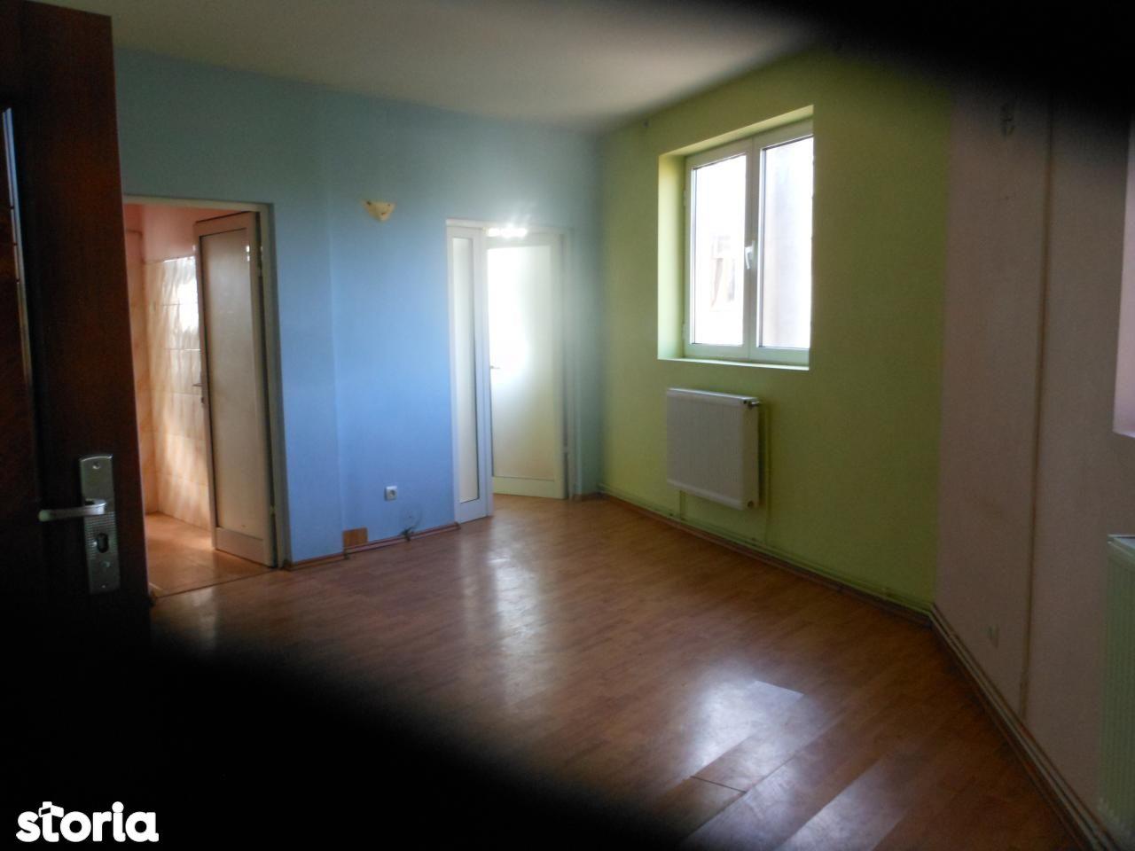 Apartament de vanzare, București (judet), Plevnei - Foto 1