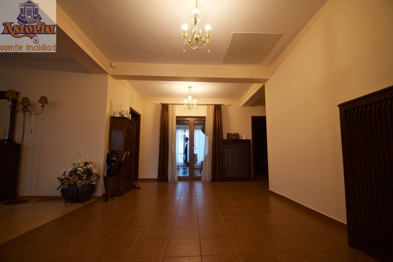 Casa de inchiriat, Argeș (judet), Centru - Foto 8