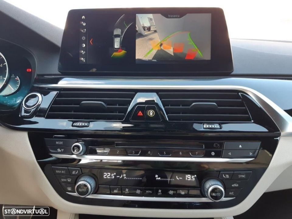 BMW 530 d Touring Auto Pack M - 7