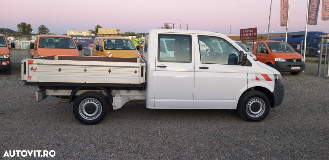 Volkswagen T5 doka face lift  euro 5 an 2011 CLIMA motor 2L 140 cp vanzari si in rate. - 2