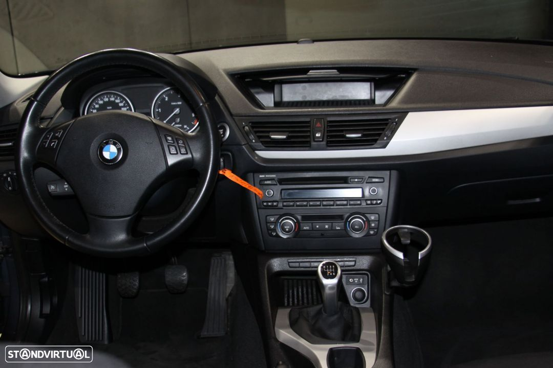 BMW X1 18d sDrive (143cv) - 12