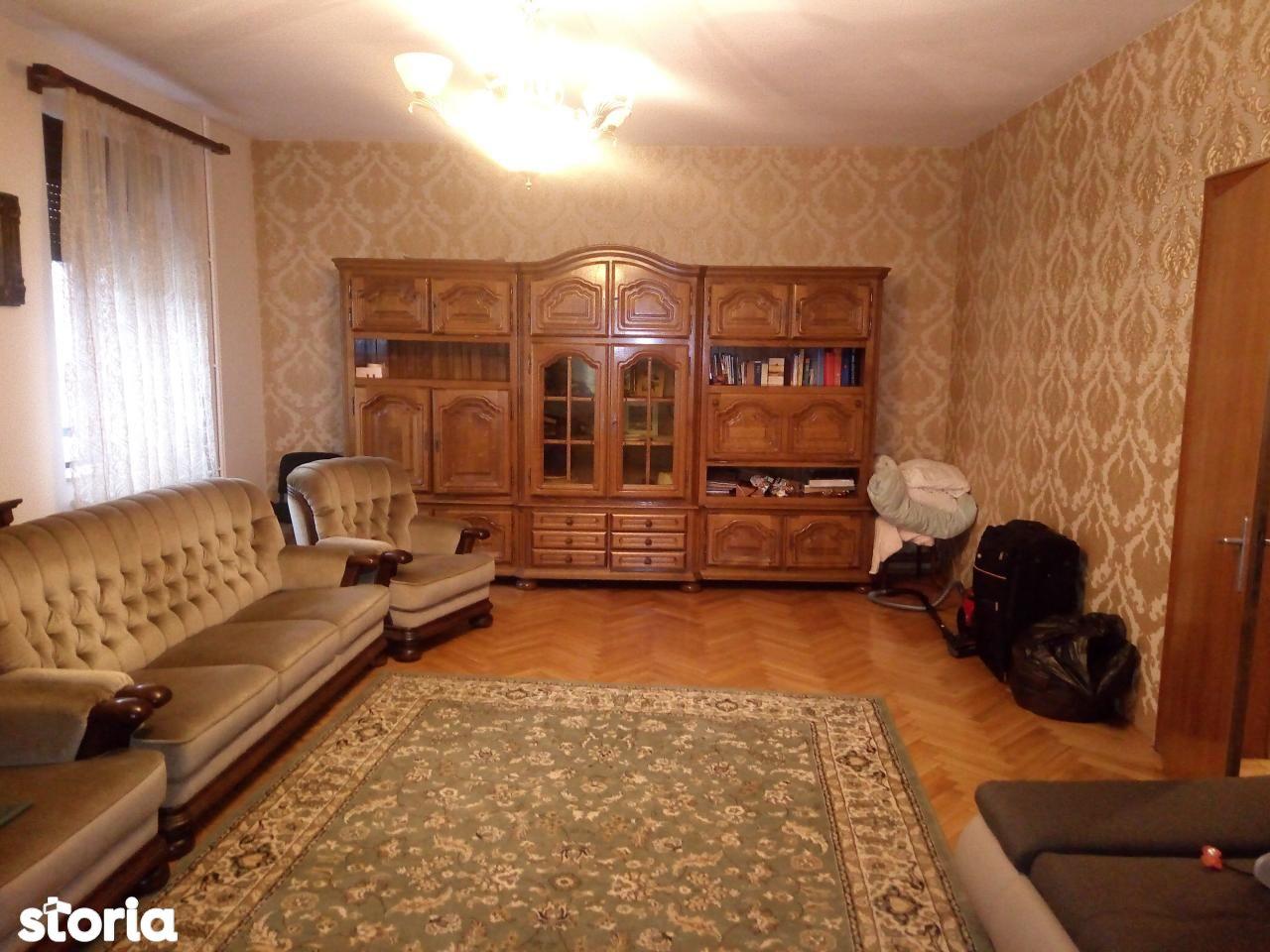 Birou de inchiriat, Sibiu, Central - Foto 1
