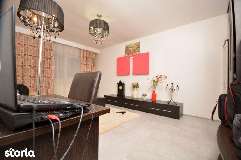 Apartament de vanzare, Timiș (judet), Calea Martirilor - Foto 1