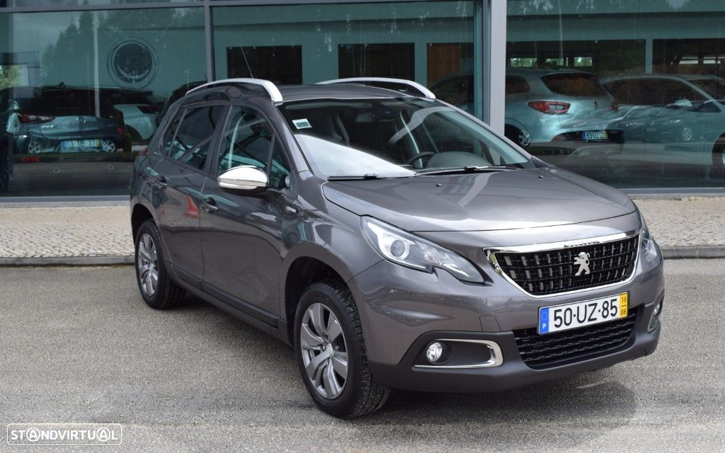 Peugeot 2008 1.2 Style - 1