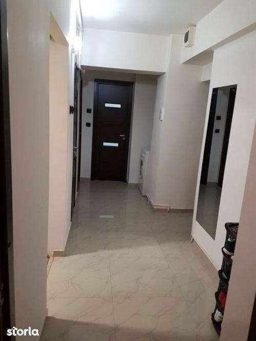 Apartament de vanzare, Brașov (judet), Strada Mihail Kogălniceanu - Foto 1