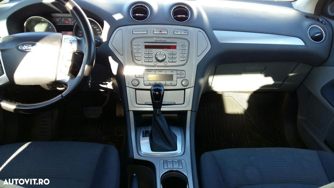 Ford Mondeo - 9