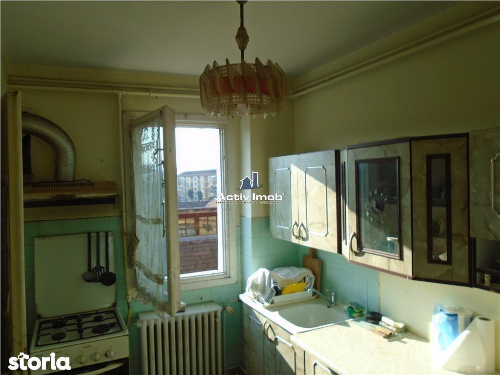 Apartament de vanzare, Caraș-Severin (judet), Strada 1 Decembrie 1918 - Foto 12
