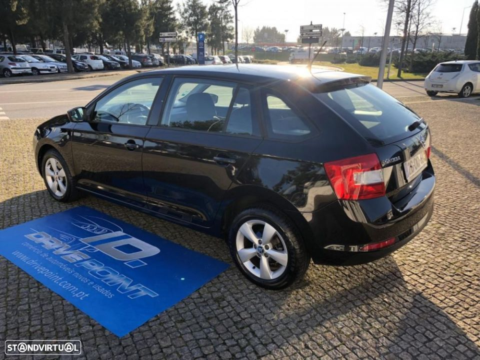 Skoda Rapid Spaceback 1.6 TDi Ambition - 15
