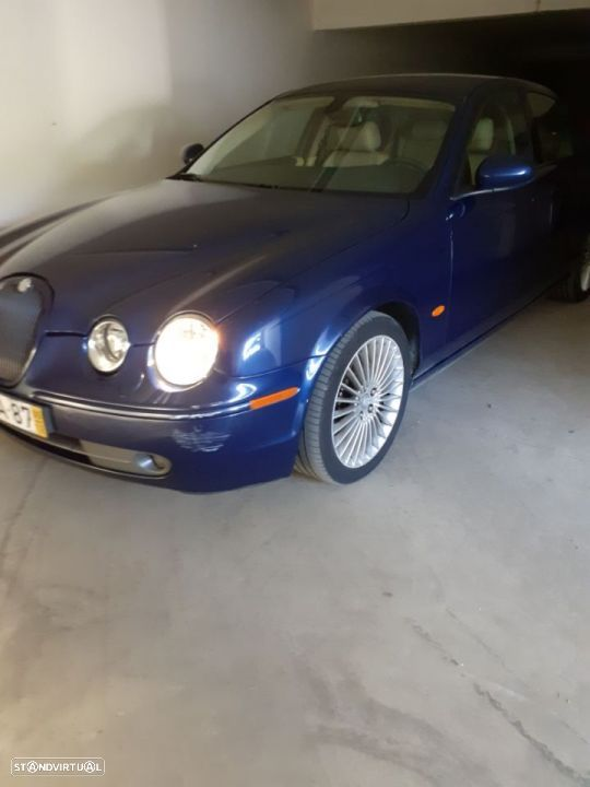 Jaguar S-Type 2.7D - 8
