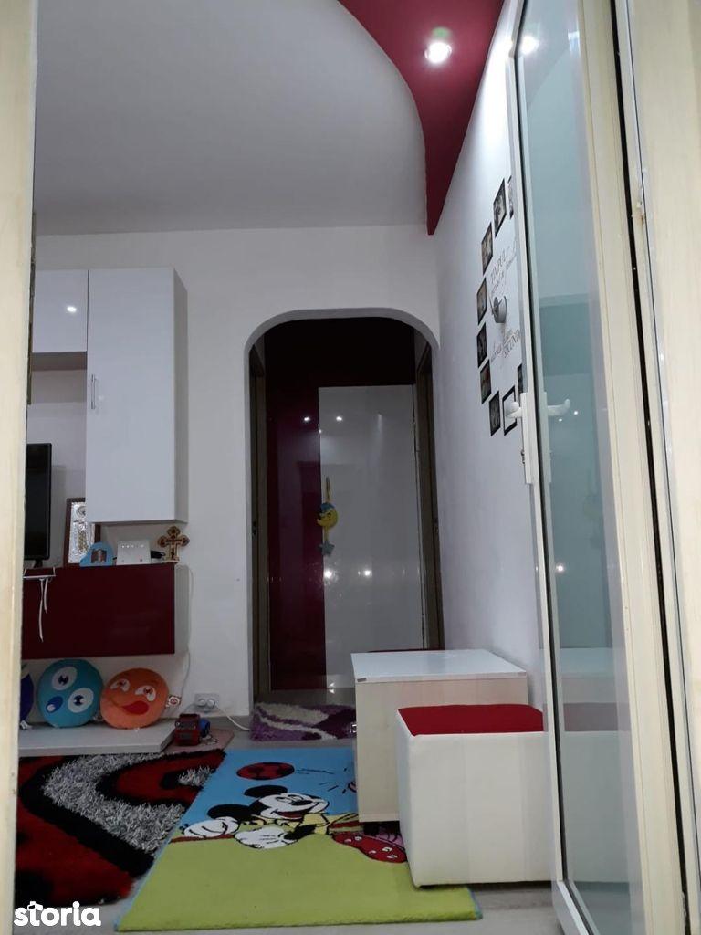 Apartament de vanzare, Arad (judet), Aurel Vlaicu - Foto 9