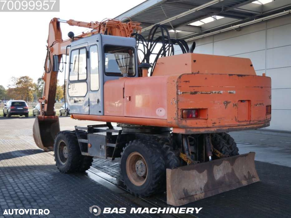 Hitachi FH 200-3 Nice and clean condition - good tyres - 2