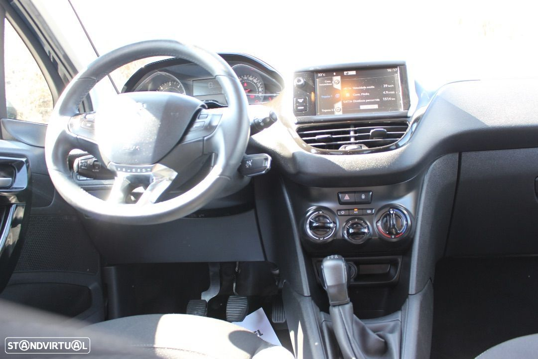 Peugeot 208 1.4 HDi Active - 32