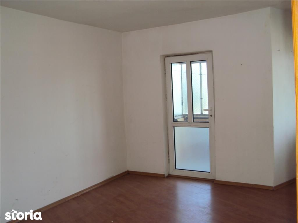 Apartament de vanzare, Vrancea (judet), Strada Unirea Principatelor - Foto 2
