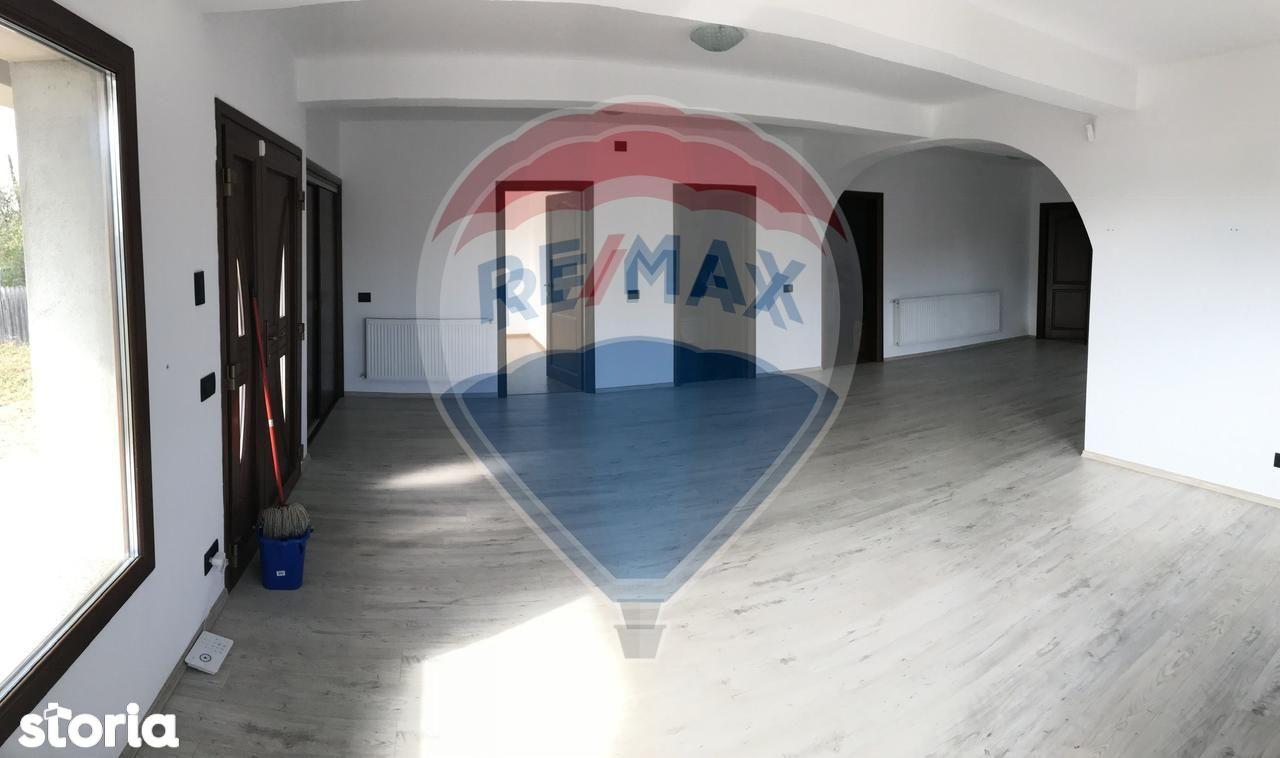 Casa de vanzare, Vrancea (judet), Strada Florilor - Foto 4