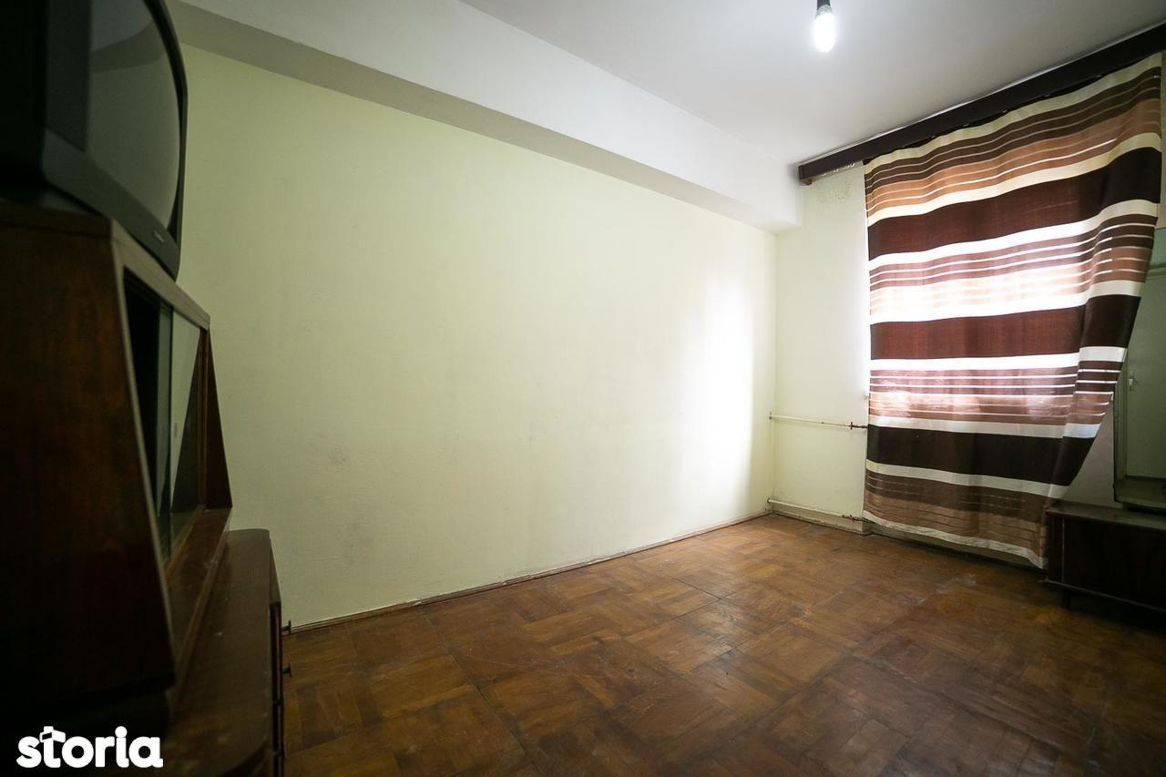 Apartament de vanzare, Arad (judet), Strada Elena Ghiba Birta - Foto 1